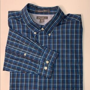 Eddie Bauer Wrinkle Free Classic Button Up Shirt